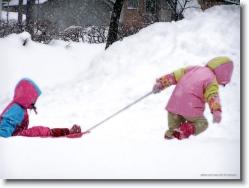 kids-snow-sliding-8 * i will take you up * 1024 x 766 * (253KB)