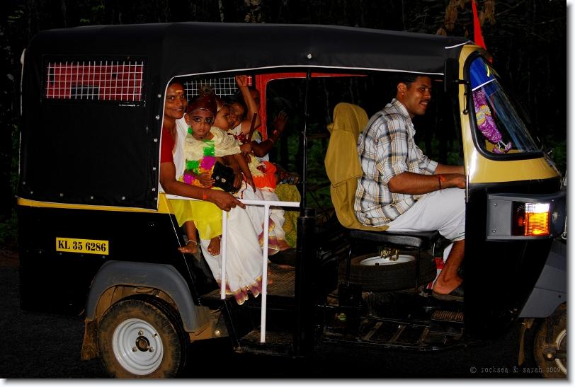 unnikannan in autorikshaw