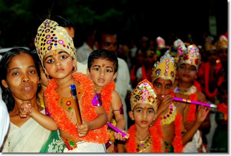 unnikannans, sri krishna jayanthi at bharananganam, kerala